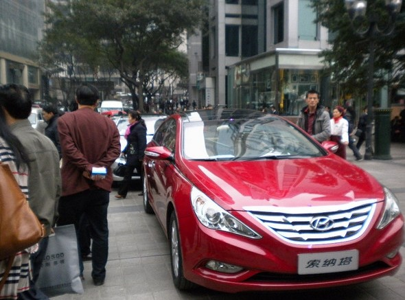 北京现代第八代索纳塔重庆巡展圆满谢幕