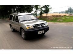 郑州日产 锐骐多功能商用车 3.2两驱豪华型高清图片